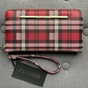 Steve Madden - Large Plaid Zipper Wallet